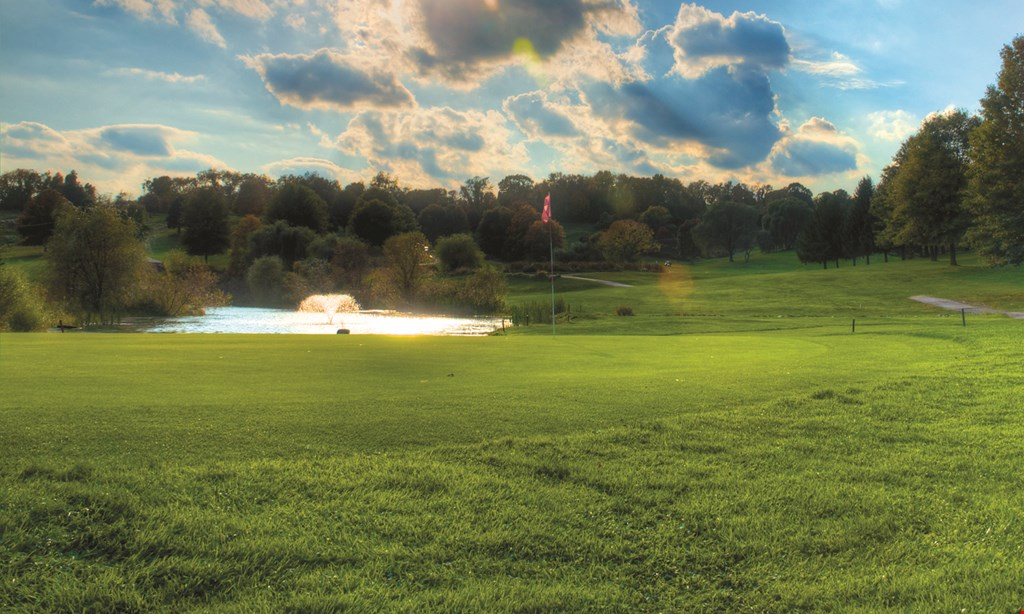 Product image for Rolling Fields Golf Club $45 2-some special 18 holes with cart valid weekdays before noon.