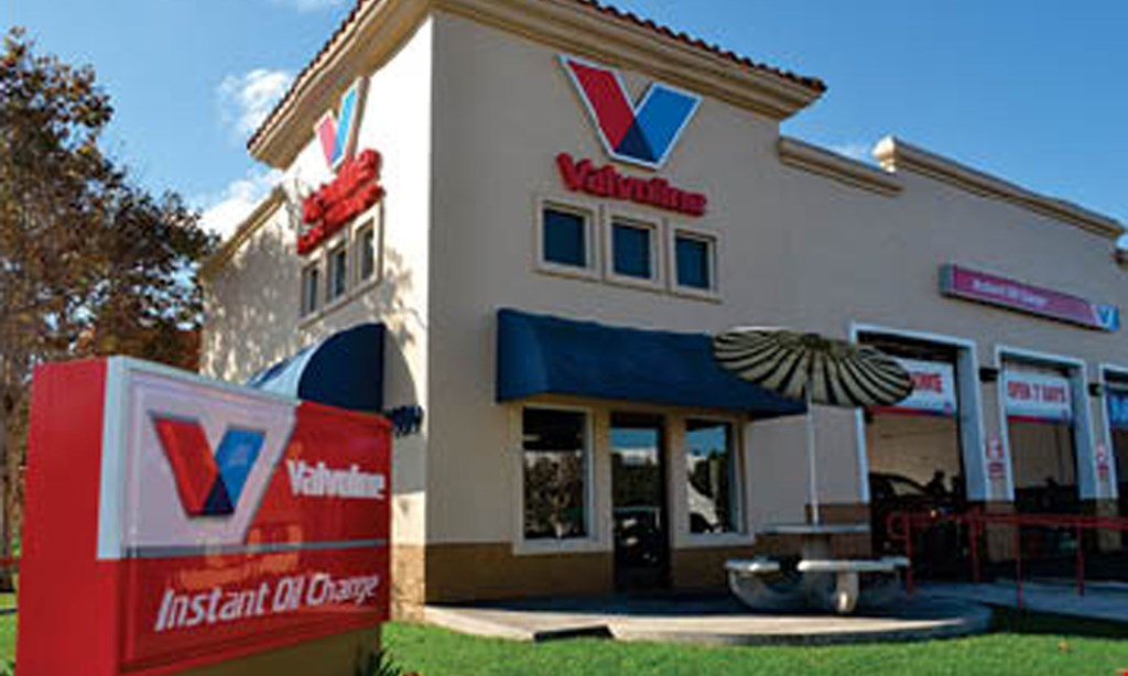 Product image for VALVOLINE INSTANT OIL CHANGE $15 off* Synthetic Blend or Full Synthetic Oil Change. $10 off* Conventional Oil Change.