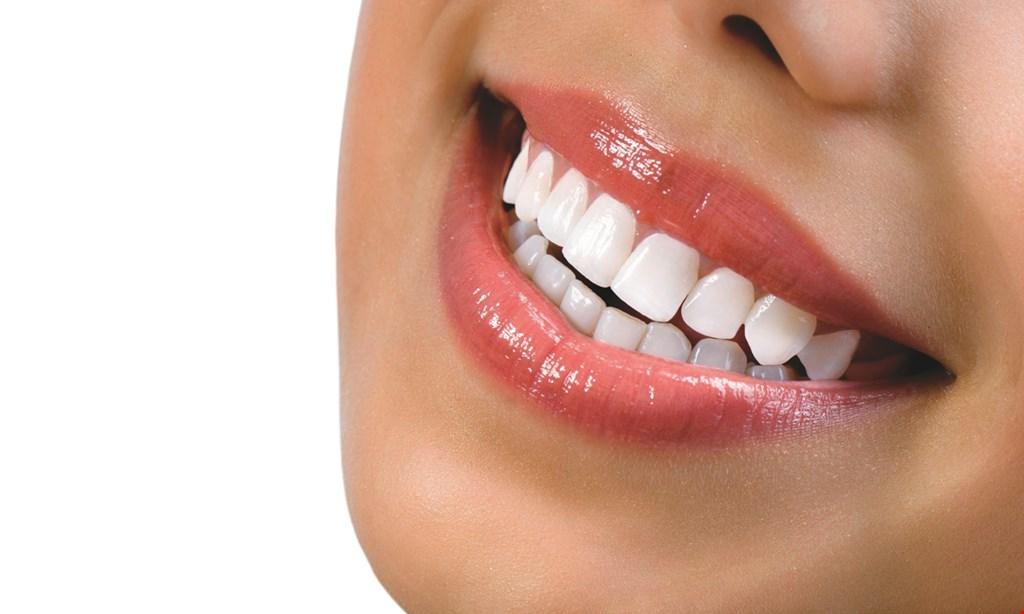 Product image for Lighthouse Dental $1500 full set of dentures