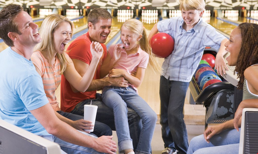 Product image for Del Lanes Free game of bowling