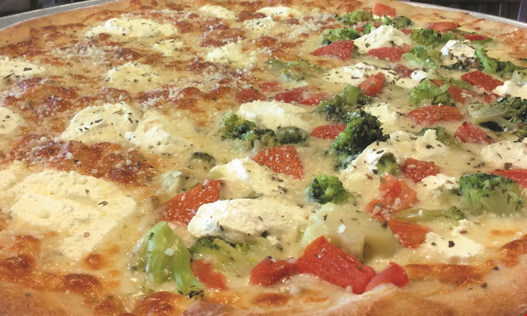 Product image for Spanky & Louches Pizzeria Restaurant $2 off1 large red top pizza.
