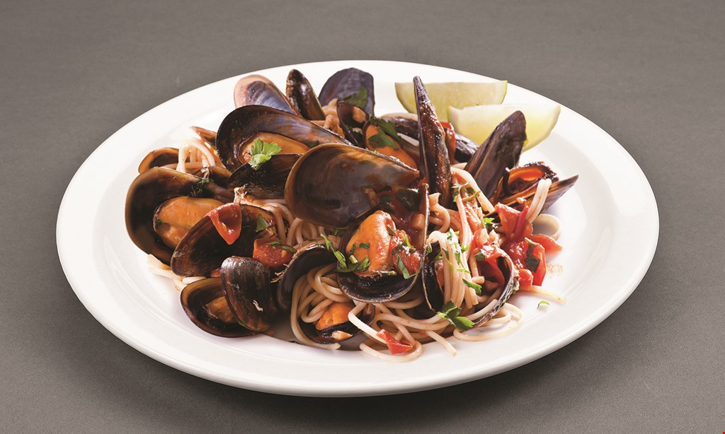 Product image for Rincon Italiano Only $30.99 for 2 shrimp with pasta dinners, 2 salads & garlic bread