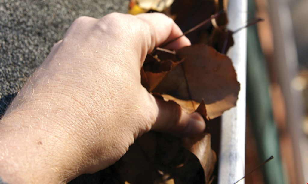 Product image for Leaffilter North Llc - Orlando First 50 callers will receive an additional 5% off your entire install.