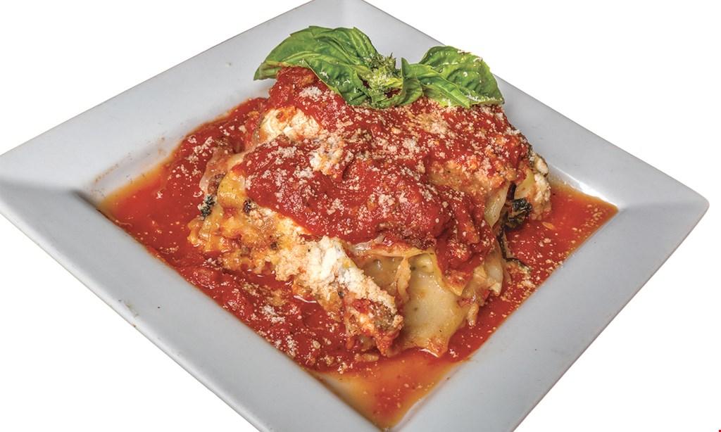 Product image for Pizzo's Pizzeria $23.99 LARGE 1 TOPPING PIZZA, BUFFALO CHICKEN BITES (Buffalo Gorgonzola) LARGE BASIC SALAD.