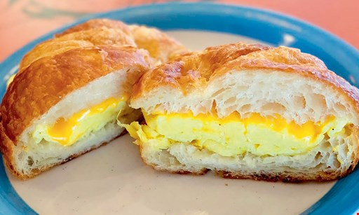 Product image for P. Croissant $2 Off 1 Dozen Croissants.