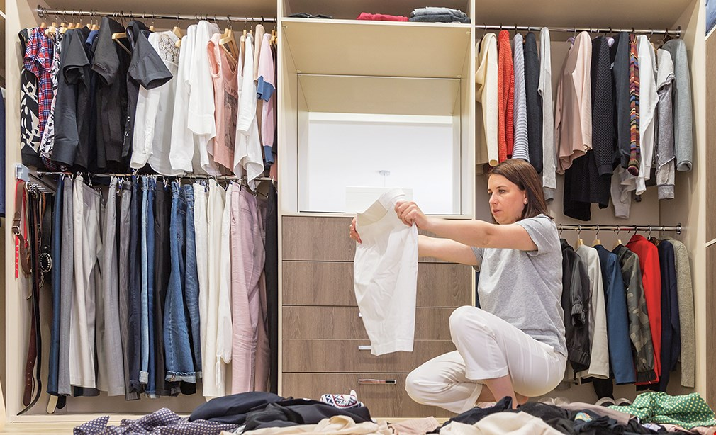 Product image for Conquer The Closets $25 OFF a four-hour organization session for your closet or bedroom