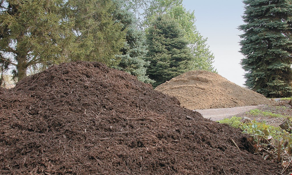 Product image for Townsend Landscape Supply $3 OFF per yard of mulch up to 5 yards.