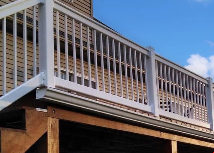 Product image for West Shore Decks 10% OFF any deck min. deck value $5000.