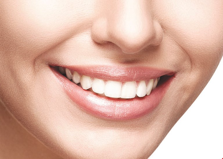 Product image for Moe's Teeth Whitening COUPLE'S SPECIAL Whiten Your Teeth Together!  ONLY $210 reg. $638.