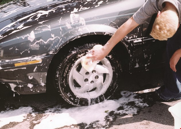 Triangle Car Wash: Anthony And Sons Auto Spa
