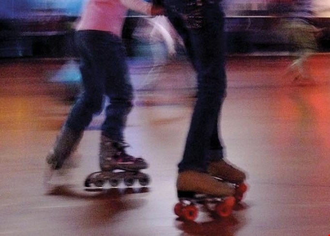 Product image for Skateworld of Kettering $25 For Open Skate For 4, Skate Rentals & 2 Softplays (52 inches and under) (Reg. $52)