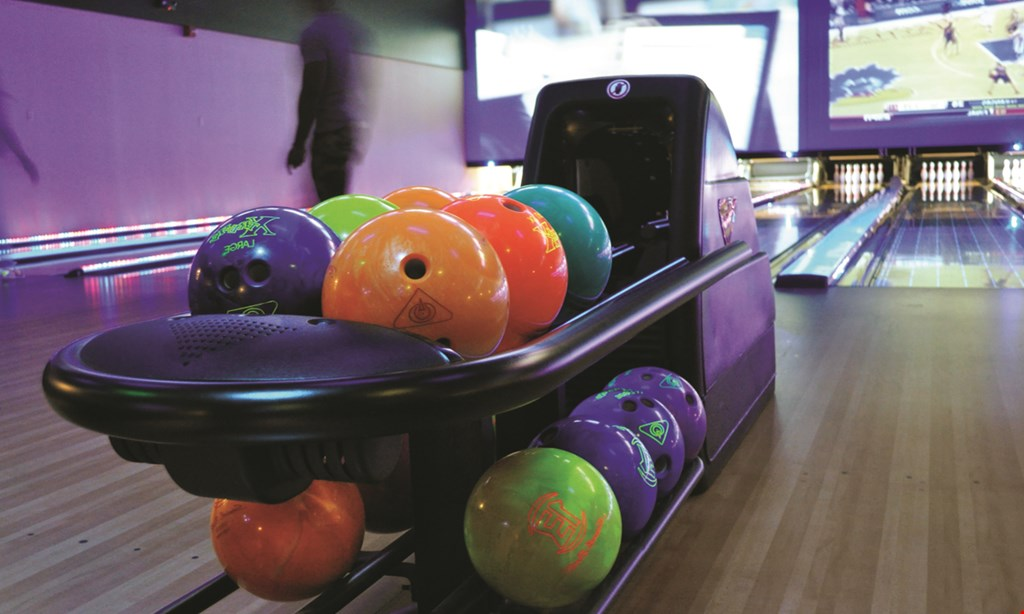 Product image for Revolutions Bowling & Lounge $20 For 2 Games Of Bowling For 2 Plus 80 Arcade Points (Reg. $40)