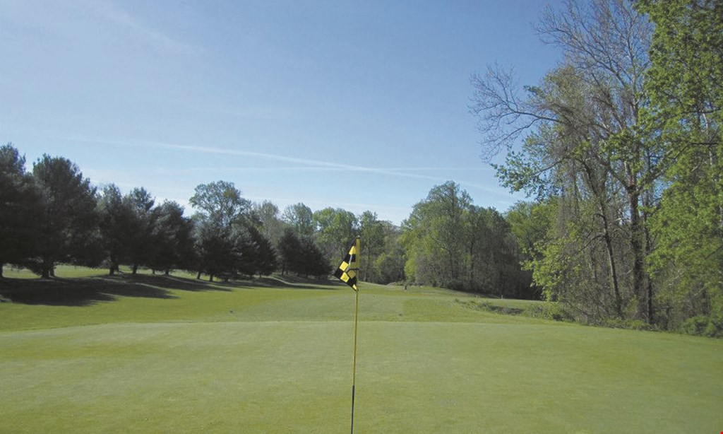 Product image for Middletown Country Club $120 For 18 Holes Of Golf For 4 With Cart (Reg. $240)