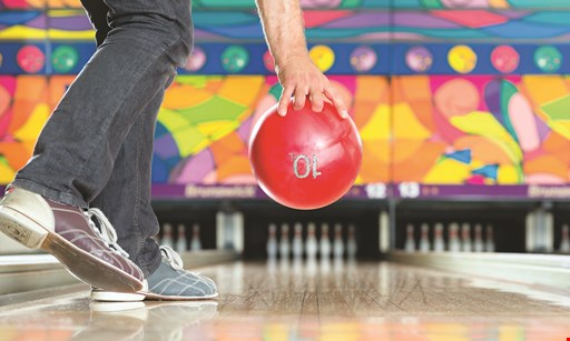 Product image for Stelton Lanes $30 For A Bowling Package For Up To 6 People (Reg. $76)