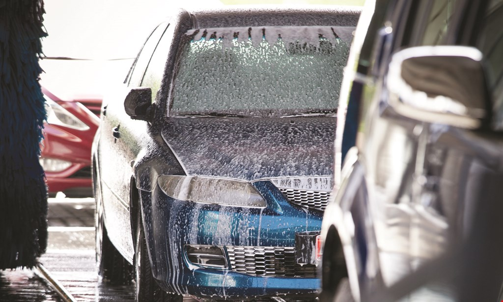 Product image for Raceway Car Wash $15.95 For 2 Ultimate Plus Car Washes (Reg. $31.90)