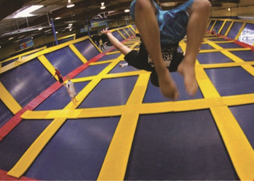 Product image for Sky High Sports Trampoline Park - Naperville $11.50 For 2 Hours Of Jump Time For 1 Person (Reg. $23)