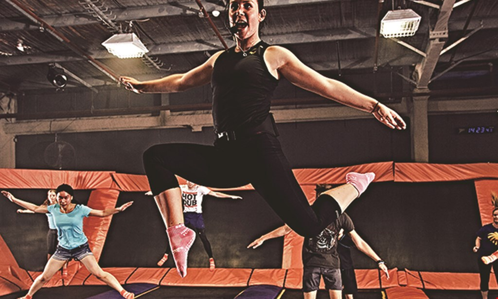 Product image for Sky Zone $20 For A 90-Minute Jump For 2 (Reg. $40)