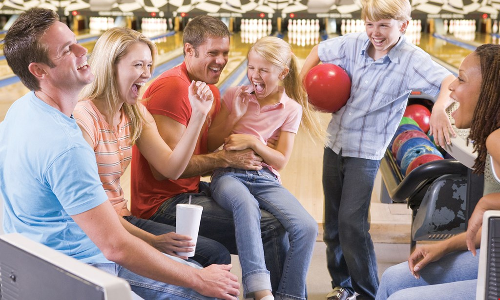 Product image for Del Lanes $30 For 2 Games Of Bowling, Shoe Rental, 1 Large Cheese Pizza & 1 Pitcher Of Soda For 4 People (Reg. $64)