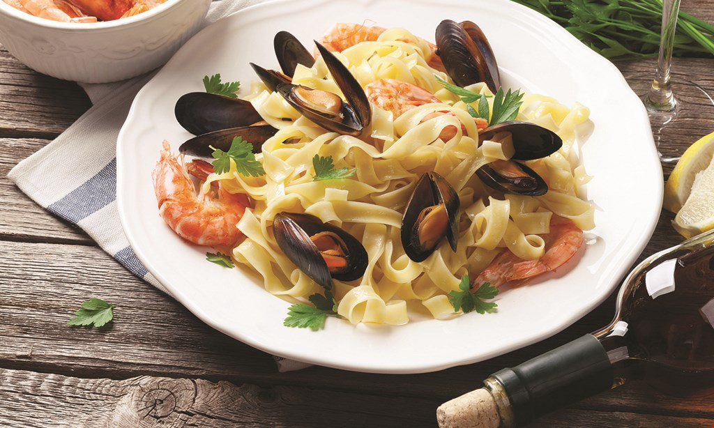 Product image for Villari's Lakeside Restaurant & Bar $15 For $30 Worth Of Casual Dining