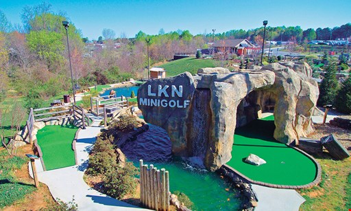 Product image for Lkn Mini Golf $16 For A Round Of Mini Golf For 4 People (Reg. $32)
