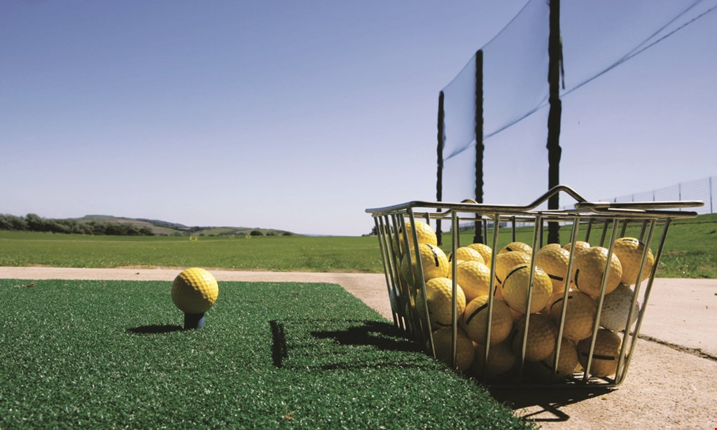 Product image for Oak Hills Golf Course $10 For 2 Large Buckets Of Range Balls (Reg. $20)