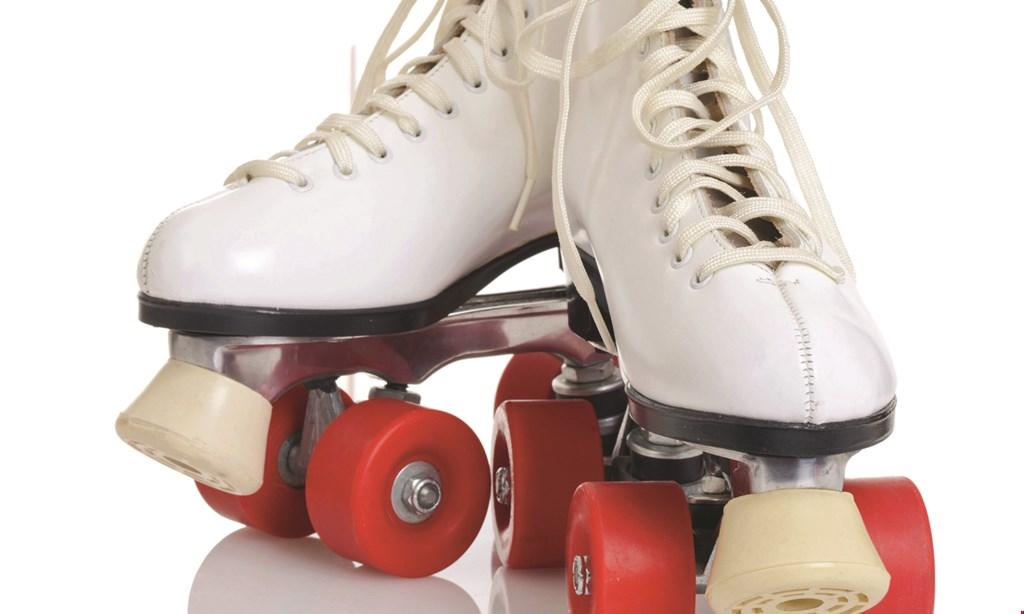 Product image for Skatetown USA $20 For Open Skate & Skate Rental For 4 People (Reg. $40)