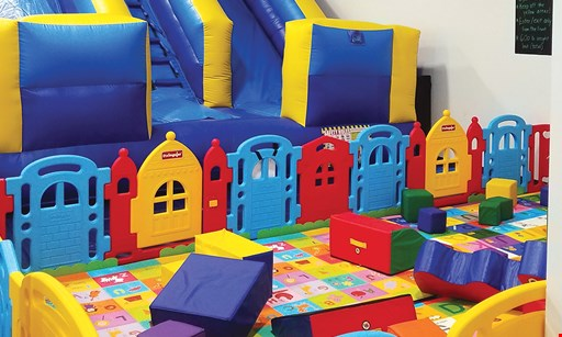 Product image for Sunburst Play Cafe $20 For 5 All Day Play Passes For 1 (Reg. $40)