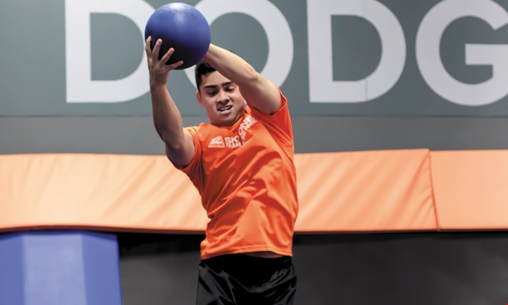 Product image for Sky Zone - Greenfield $22 For 90 Minutes Of Jump Time For 2 People (Reg. $44)