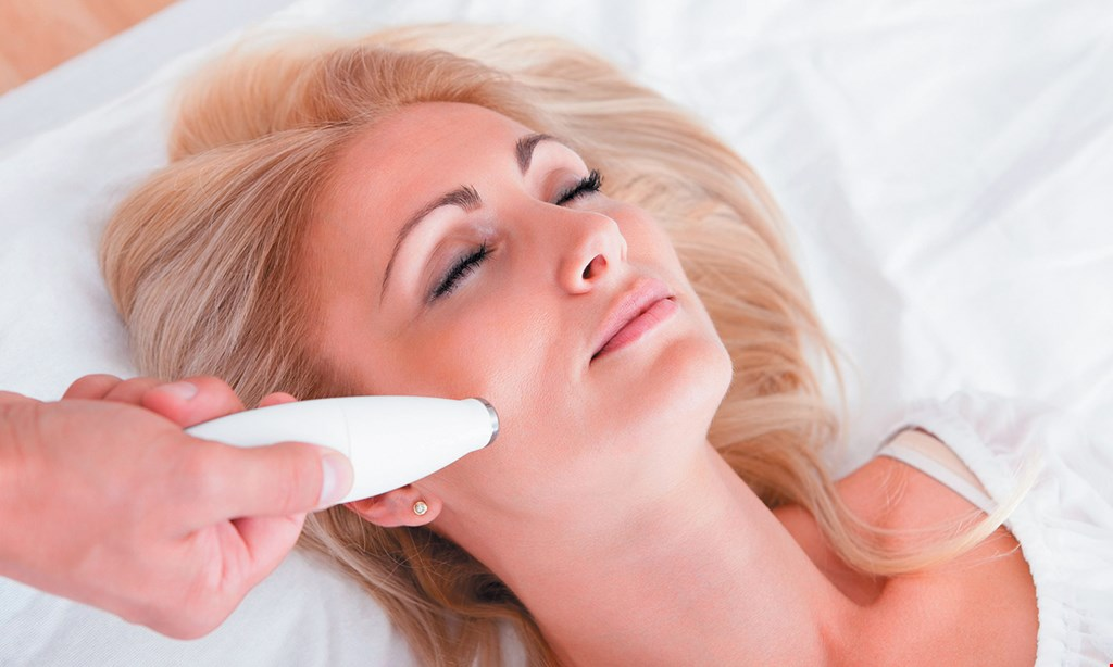 Product image for Emergence Skin Care Studio $45 For A Microdermabrasion Treatment (Reg. $90)