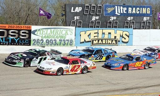 Product image for Slinger Speedway $40 For 4 Admissions, 4 Soft Drinks & A Large Popcorn (Reg. $80) Valid for 2020 Season