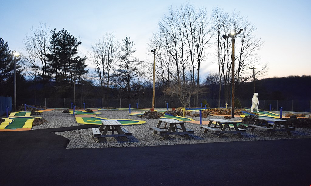 Product image for Valley View Golf $16 For A Round Of Mini Golf For 4 (Reg. $32)