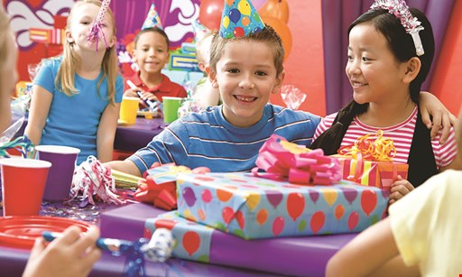 Product image for Bounce U Of Collegeville $10 For 1 Bounce Session For 2 People (Reg. $20)