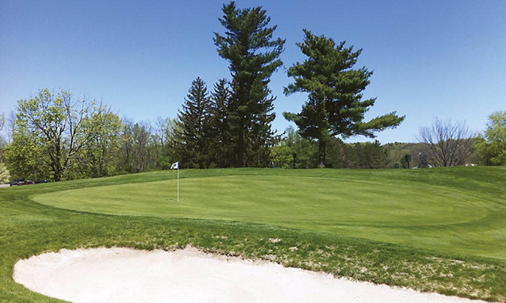 Product image for Glendale Lakes Golf Club $49 For 18 Holes Of Golf For 2 With Cart (Reg. $98)