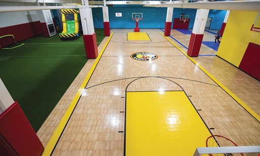 Product image for Hi Five Sports Zone $10 For Drop-In Open Play For 2 People (Reg. $20)