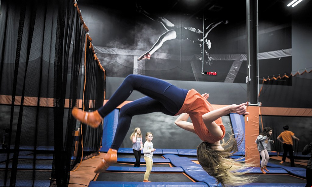 Product image for Sky Zone Trampoline Park $15 For 1 Hour Of Jump Time For 2 People (Reg. $30)