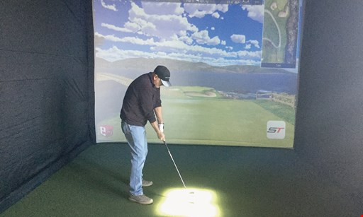 Product image for Chalet Hills Golf Club $35 For 2 Hours Of Golf Simulator For 4 People (Reg. $70)