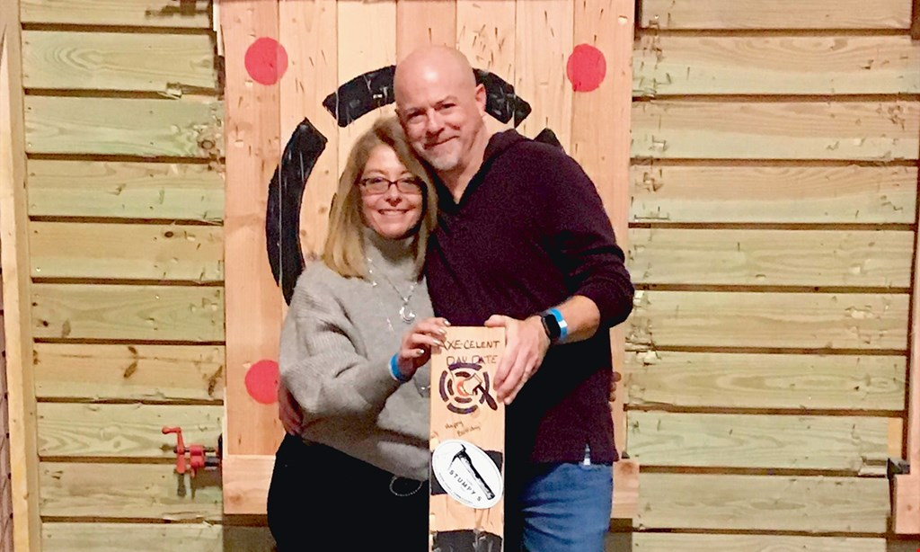 Product image for Stumpy's Hatchet House-Columbia $50 For 1 Hour Of Axe Throwing For 4 People (Reg. $100)