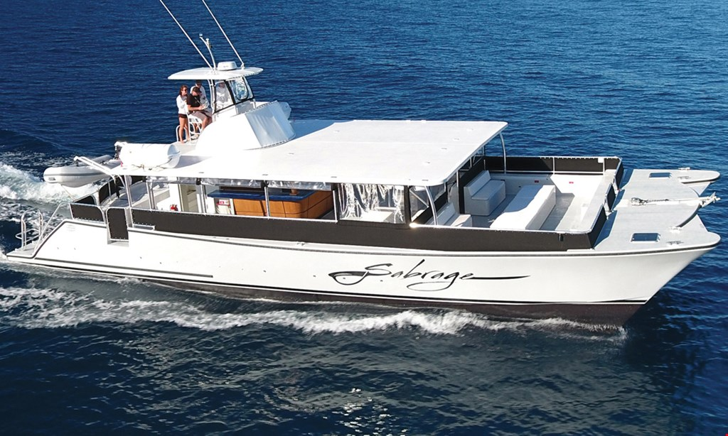 Product image for Sabrage St. Augustine $50 for a 1.5 hour cruise (choice of eco or sunset cruise) for 2 people (Reg.$100)