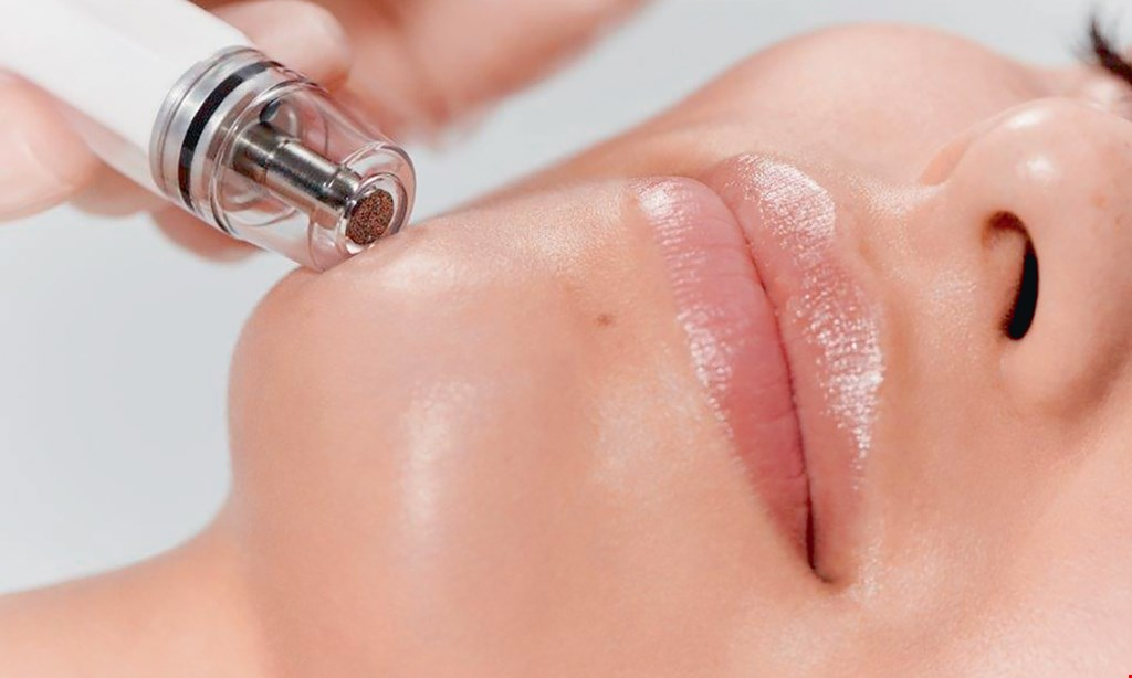 Product image for The Effect Lifestyle Practice Med Spa $100 For A Diamond Glow Facial (Reg. $200)