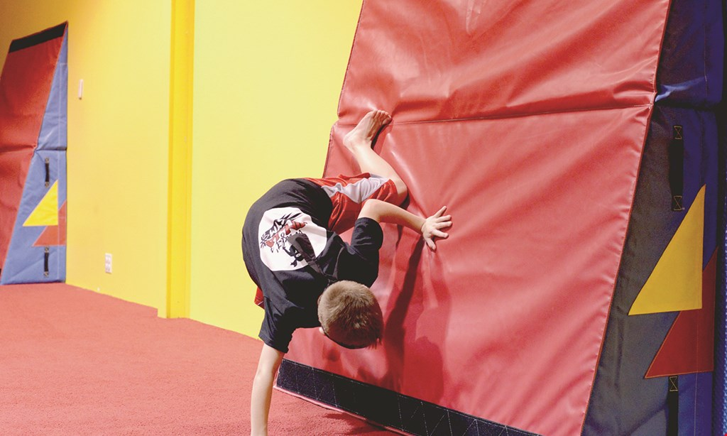Product image for Flying Ninja Academy $55 For 4 Ninja Training Classes over 4 Weeks For 1 Child (5-11 yrs. old) Includes Registration Fee (Reg. $110)
