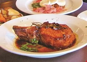 Table 42 Restaurant & Bar