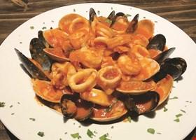 Salerno's Pizzeria & R. Bar