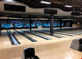 Strike 10 Lanes And Lounge