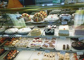 Simply Yum Yum Bakery